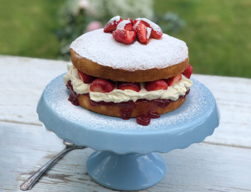 Mrs Oldbucks Pantry Strawberry Sponge Cake